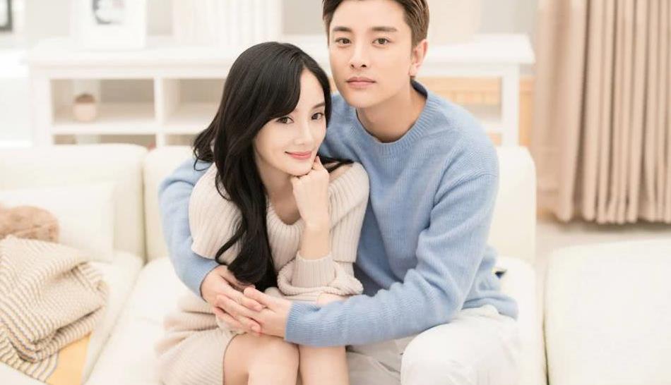 闹了这么久,贾乃亮跟李小璐终于官宣离婚,孩子由两人共同抚养!