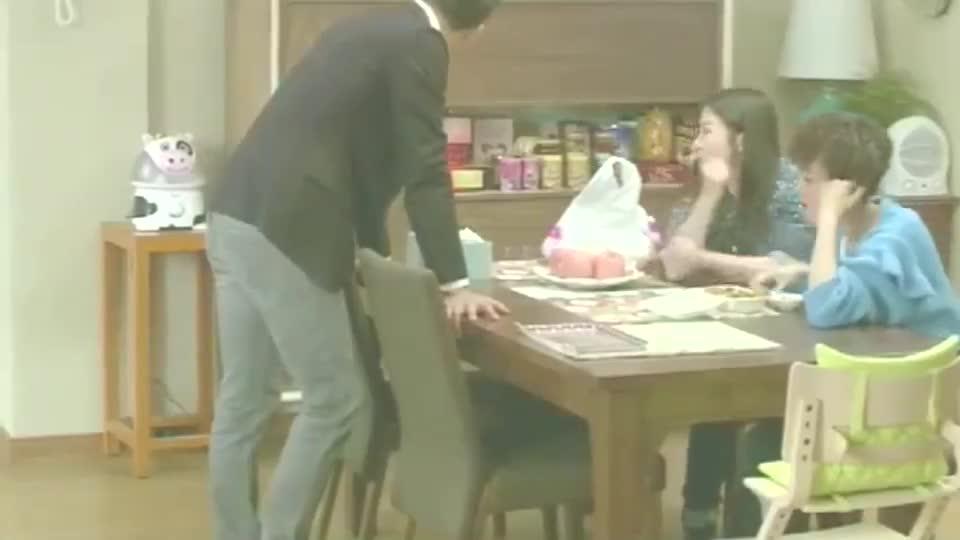辣妈正传:李阿姨看热闹不嫌事多,夏冰不需要她的时候就出现了