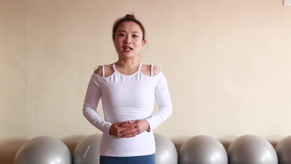 猫伸展式教学有助于女性的月经不调以及痛经赶快来试试