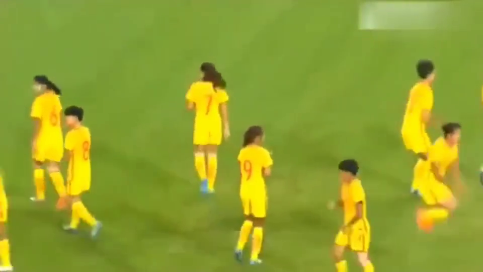 美国女足以为进了4个球就能赢?太天真了,你的对手叫中国女足!