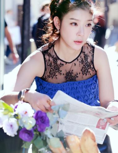 赵雅淇时尚街拍,青春靓丽,展现迷人魅力