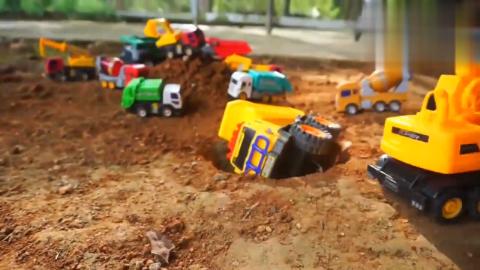 创意儿童玩具,挖掘机搅拌车大货车模拟工作视频
