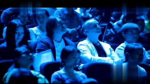 张玮深情演唱《神鹰传说》挑战高难度现场观众疯狂打CALL
