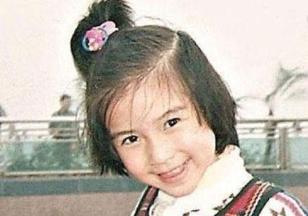 """从小美到大的女明星,杨颖超可爱,杨幂小时候就显露""""臭美""""本性"""