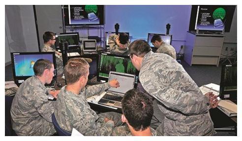 科技发展日新月异,美国网络信息技术已落后,专家:限制因素太多