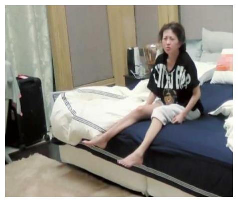 妻子录制现场突发状况,包文婧终于做对了一回,张智霖脸都变了