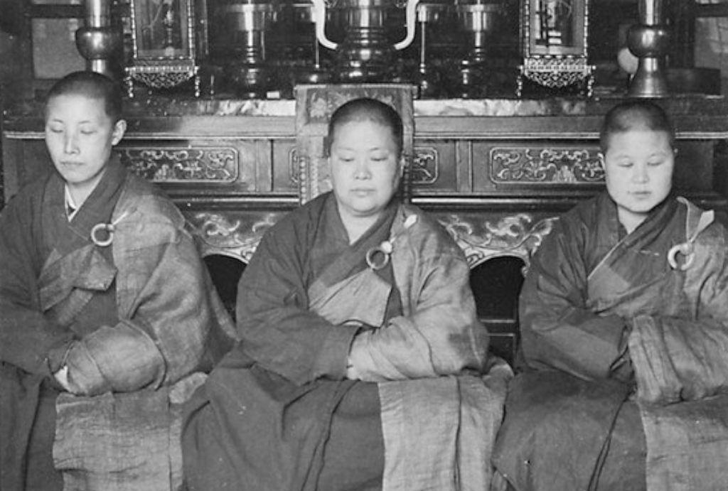 三十年代安徽九华山,华严道场女尼生活