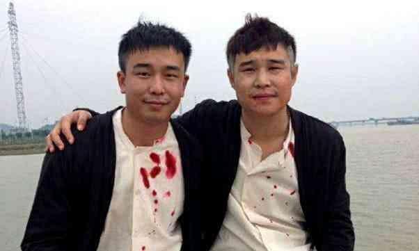 明星和替身同框:刘诗诗像双胞胎,陈小春分不清,周润发厉害了!