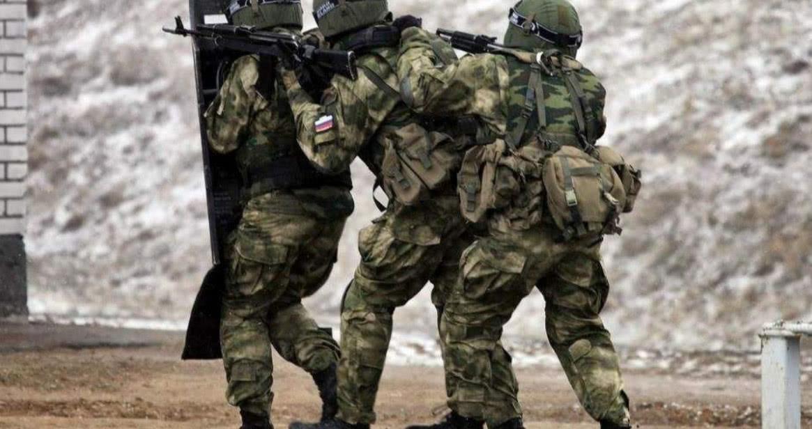 格鲁乌突袭恐怖分子营地缴获50套毒刺俄方:足以击落任何民航
