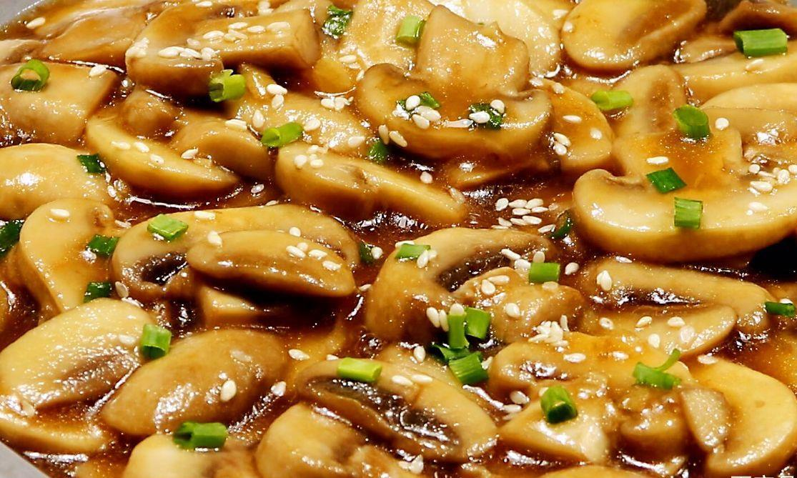 不用炖汤,不用油炸,教你蘑菇的懒人做法,味道特别棒
