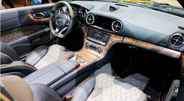 奔驰SL500特别版亮相  搭载4.6T V8发动机 配9AT变速器