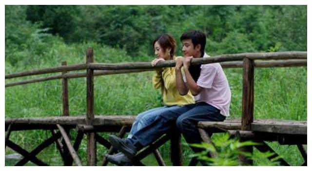 电视剧《奋斗》,向南和杨晓芸告诉我们,爱情敌不过生活的琐碎