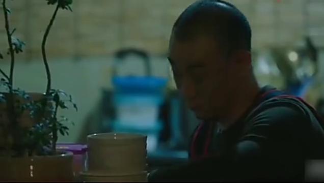 耀眼:韩志旼见南柱赫借酒消愁,越想越气狠狠打了他脑袋骂了一顿