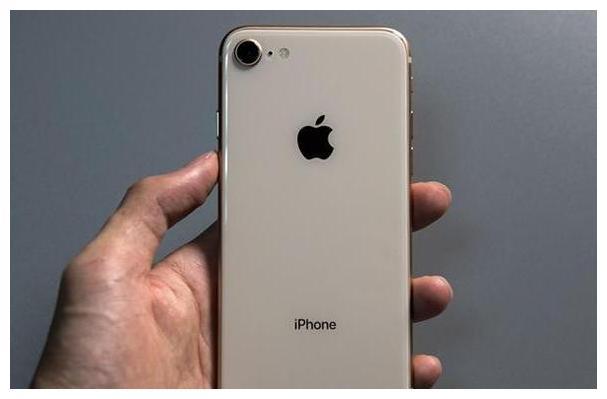 """从5888元跌至2750,A11仿生+iOS,这款iPhone保值率""""崩盘"""""""