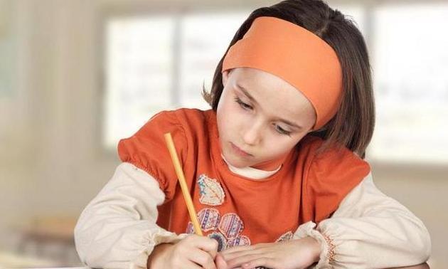 孩子上学,亲妈变后妈,辅导作业有多痛苦只有妈知道