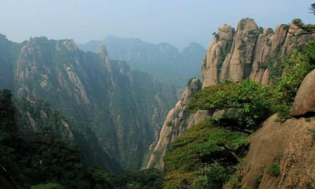 除了武汉磨山景区、黄石铜绿山古铜矿遗址,视野很开阔