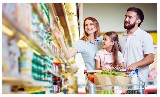 孩子三岁前,父母可以多带他逛超市,比早教班的用处更大