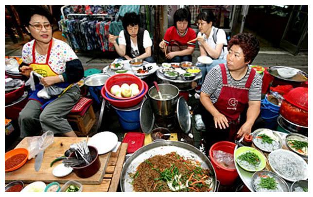 韩国人真的是整天吃泡菜?我们都被韩剧骗了,这才是韩国的生活