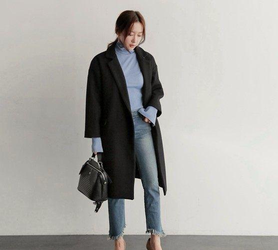 黑色呢子大衣里面穿什么好看?同1件大衣穿4天不重样,实用又时尚
