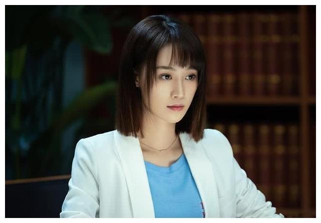 为何邀请蓝盈莹出演女一号? 靳东七字回复笑翻网友