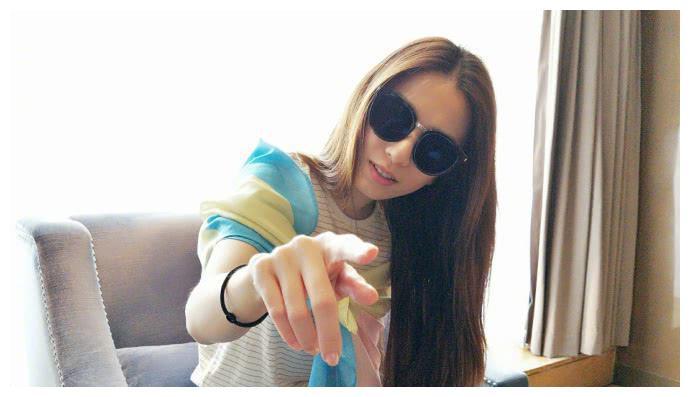 田馥甄太调皮照片被拍的这么美,居然还说恶心,网友评论太接地气