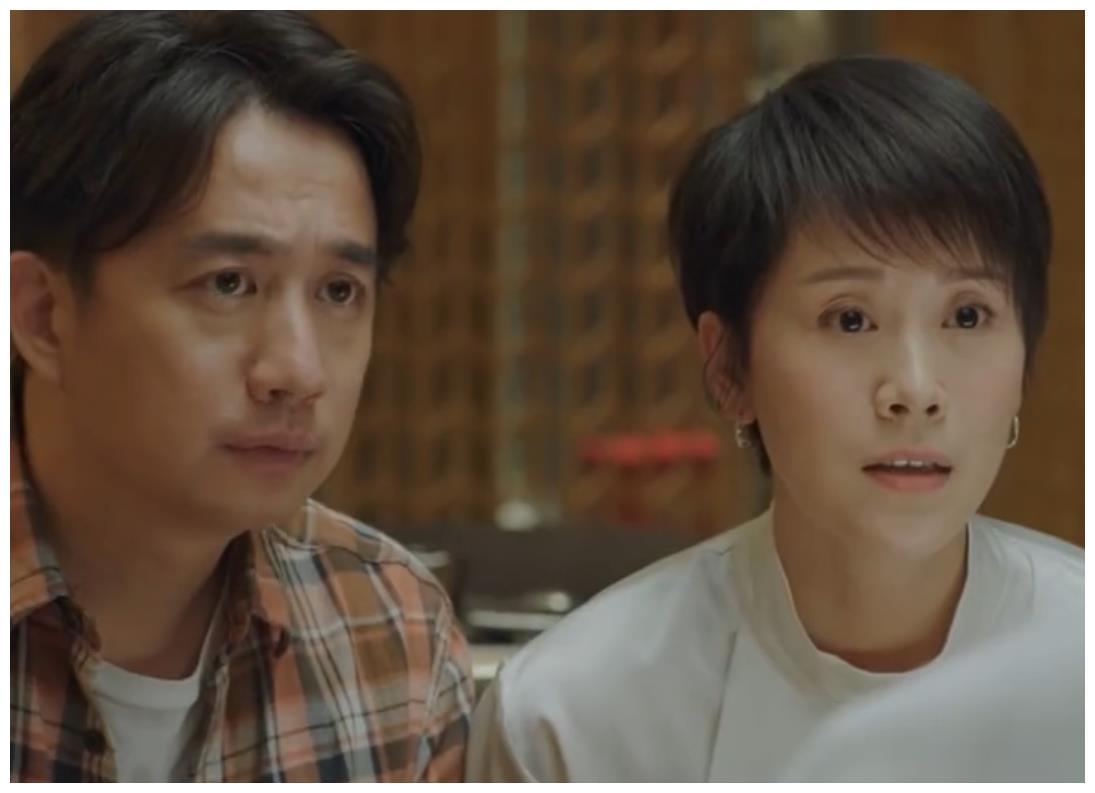 小欢喜:林磊儿高考成理科状元,童文洁奖励一万,两人抱着痛哭