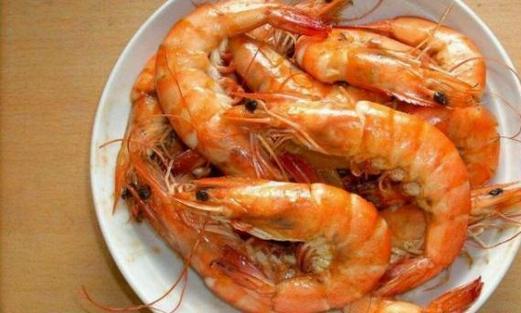 做水煮虾时,应该冷水还是开水下锅?一旦做错又老又腥