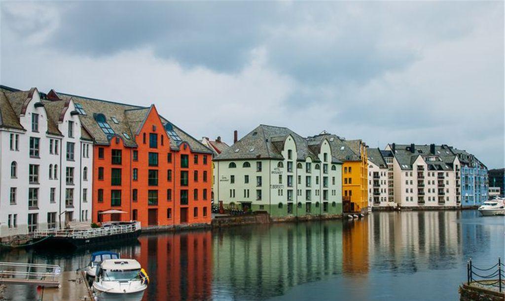 无论您是在夏天还是冬天去挪威旅行,您一定会度过一段美妙的时光