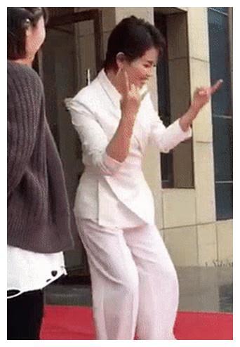 刘涛私下里画风突变反差大,萌起来更具吸引力!