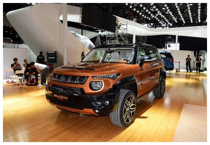 这款硬派SUV车型9万多起售, Jeep自由光只能靠边站