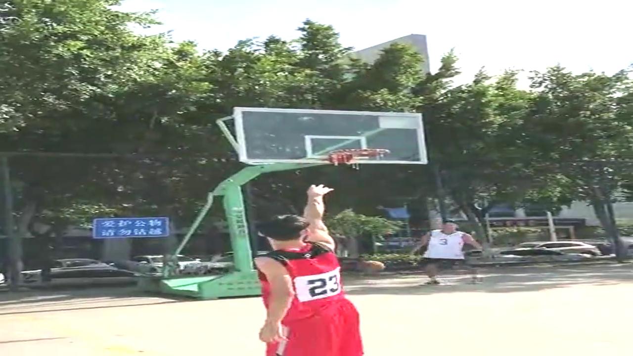 同样都是打篮球,为什么帅哥比乔丹还优秀?