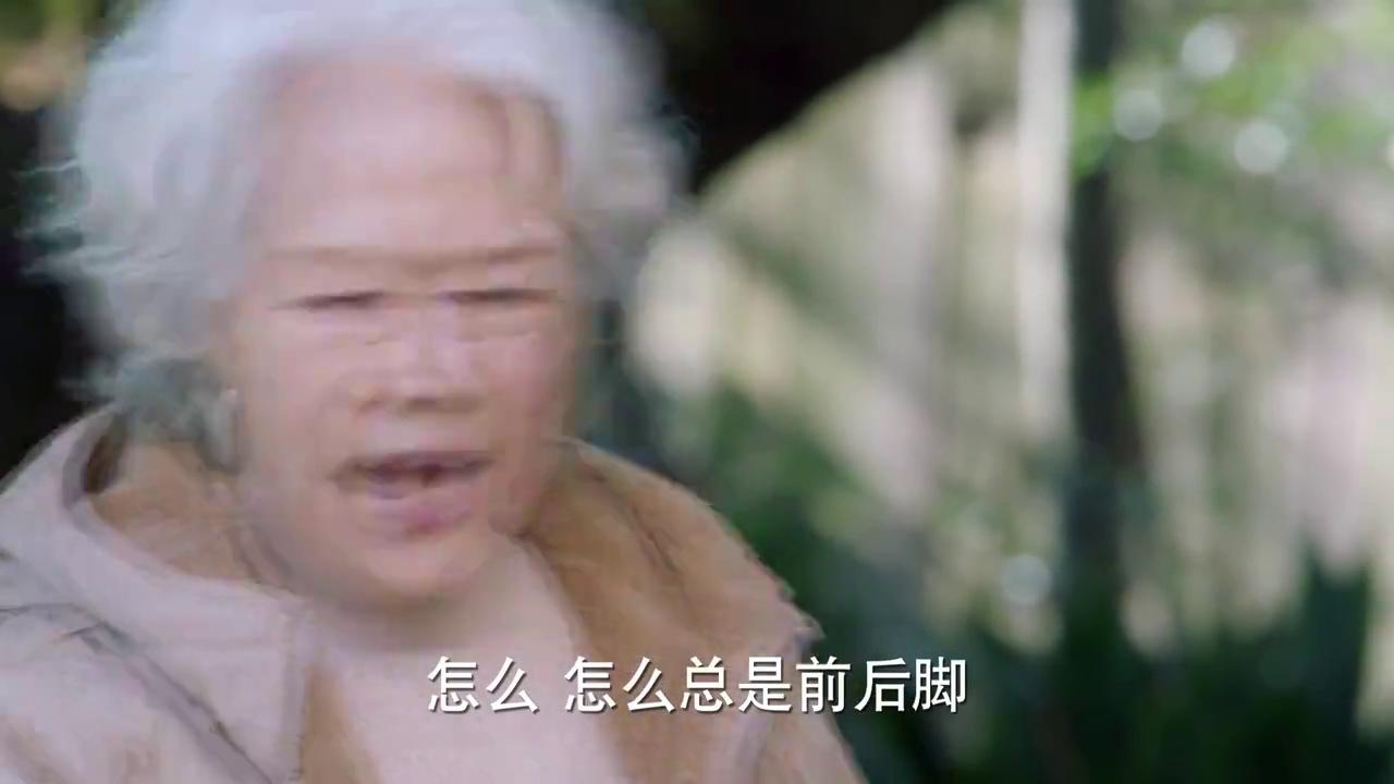 凉生我们可不可以不忧伤:姜生告诉拿了奖学金告诉妈妈,真是优秀