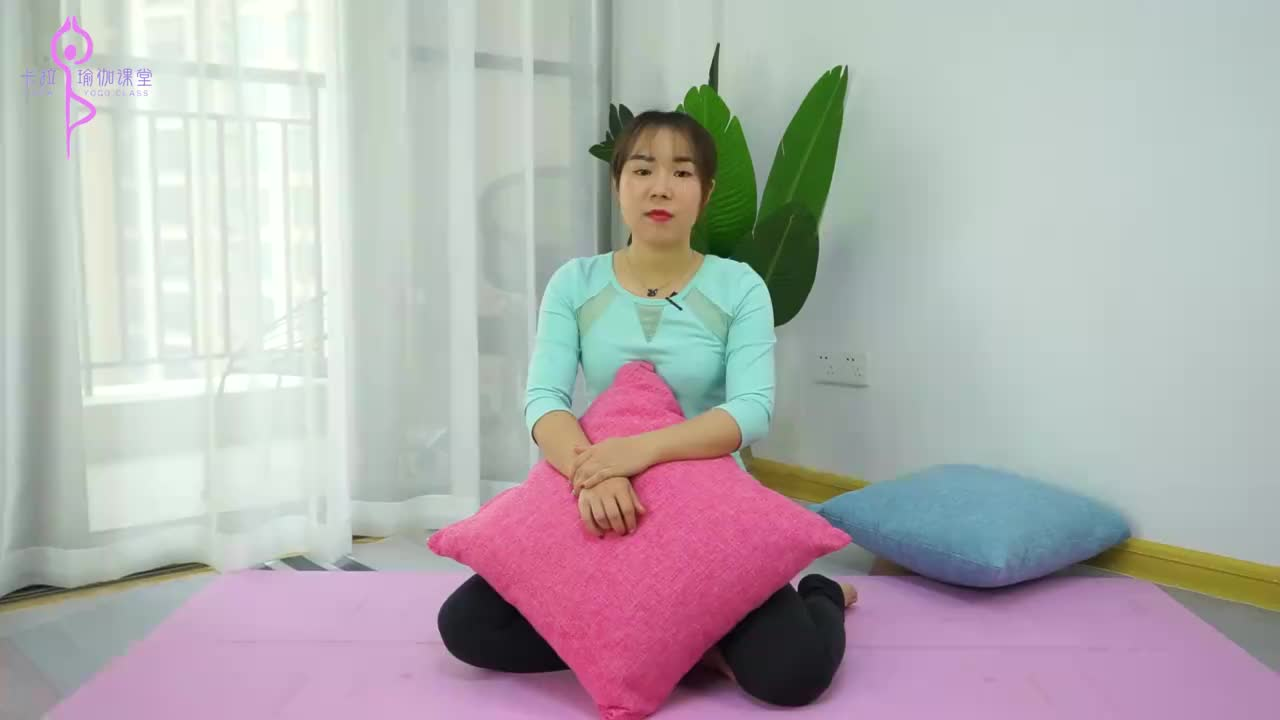 髋关节疼痛教你2个简单动作很好的灵活髋关节缓解疼痛