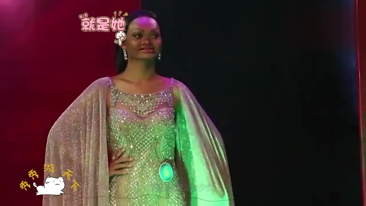 泰国少女因为太丑被评高级脸成为超模卸完妆后网友丑哭