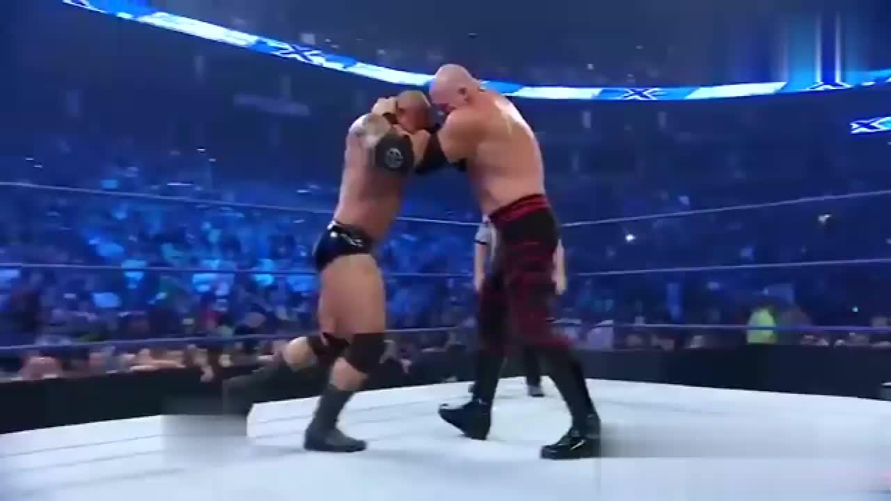 WWE经典2009 巴蒂斯塔 vs 凯恩