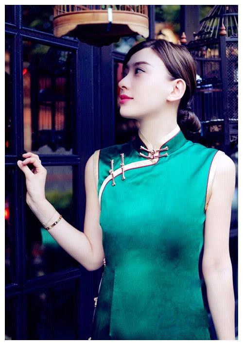 薛之谦为什么和高磊鑫复婚?看了她老婆的旗袍照我终于明白了