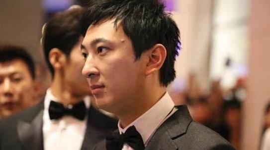 王思聪因398万被限高 消息人士:王健林不是不管 而是不能管