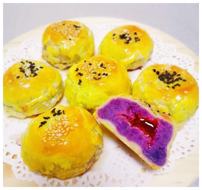 别再排队买了!网红紫薯酥在家就能做,百吃不腻,孩子最爱吃!
