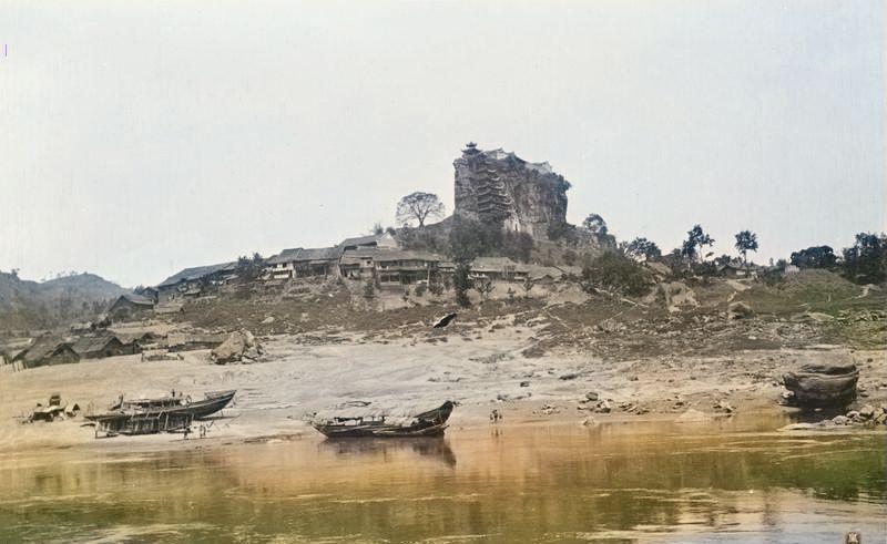 重庆旧影:被西方人称为中国七大奇观之一的忠县石宝寨