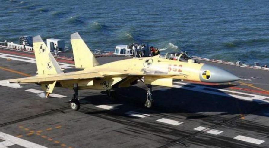 中国第一代舰载机为何选择歼15,而没有选择技术更为成熟的歼10?