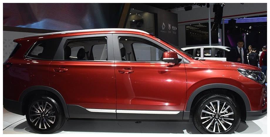 又一豪车崛起,外形比奔驰大气,新车上市,下一任爆款