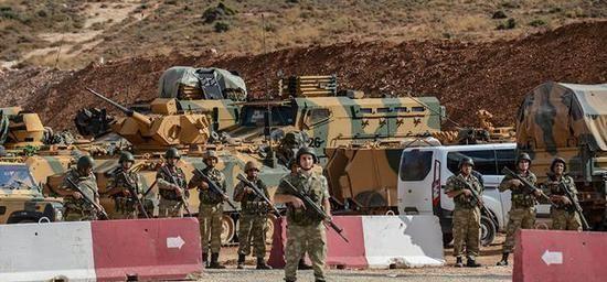 安卡拉指责美俄都没有遵守停火协议以释放叙利亚难民来威胁欧盟