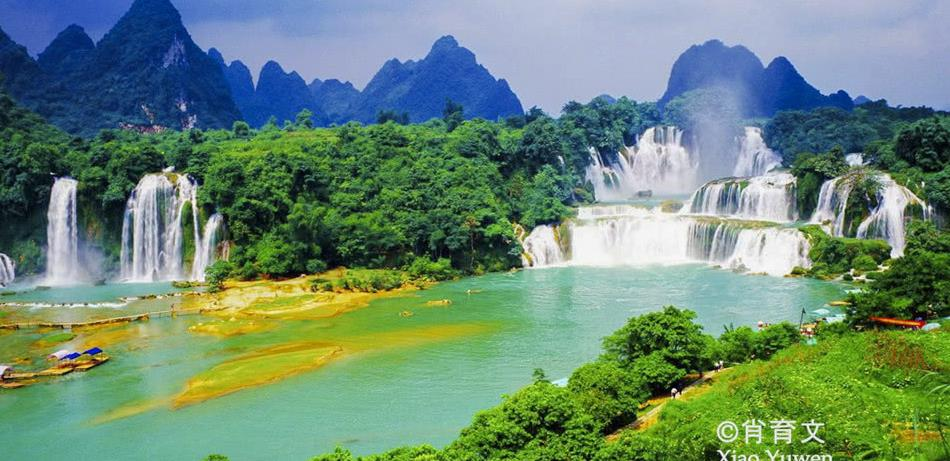 德天瀑布是东南亚最大瀑布,世界第二大跨国瀑布,能买到越南商品