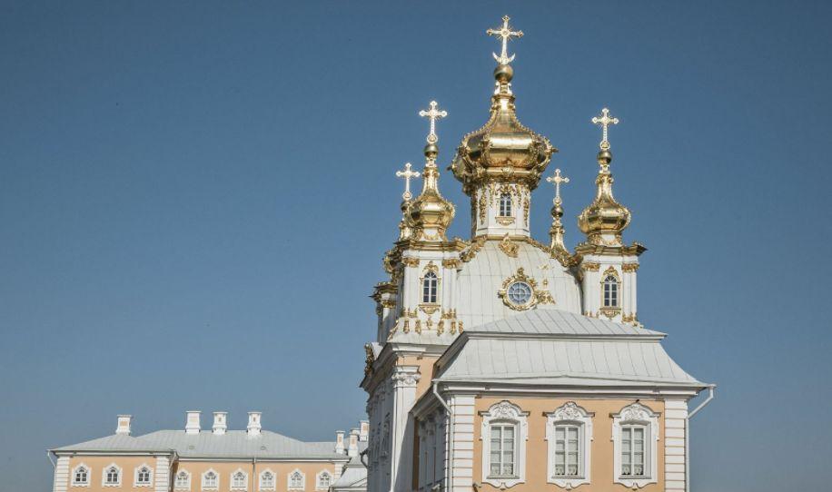 """彼得大帝举行大型舞会,被誉为""""俄罗斯的凡尔赛宫"""""""