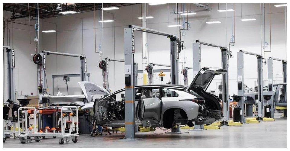 走进法拉第未来:一家奋力求生的电动车公司!
