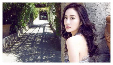 她曾是TVB花旦,因说话直接被网友吐槽情商低,今38嫁富商?