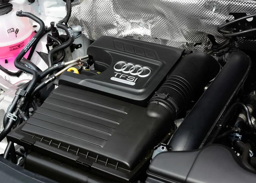 国产新奥迪q3曝光,外形激进车身加长配全液晶仪表和自图片