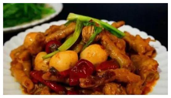 下酒下饭的几道家常菜,道道色香味俱全,米饭多吃1碗不成问题