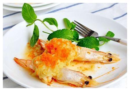 """教你8分钟做一道""""土豆泥蒸虾""""!别人家老婆听都没听过这道菜!"""