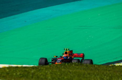 红牛车队颜色低调务实,前身美洲虎车队,F1中的新贵